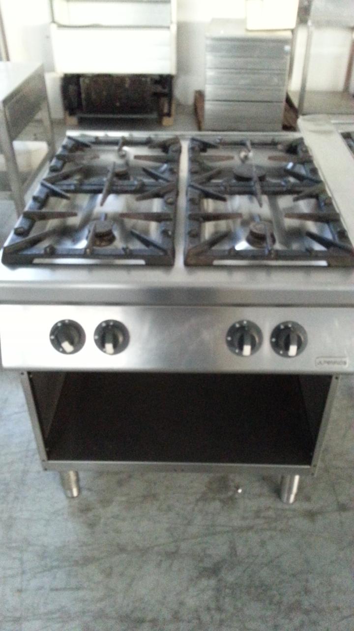 Cucine A Gas Per Ristoranti Usate.Alpeninox Cucina 4 Fuochi Gas Co 282 09 Vendita Alpeninox